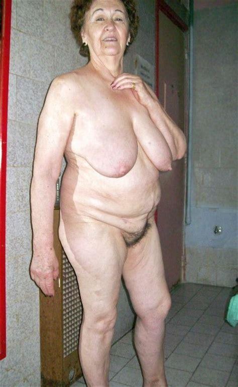naked fat oldies jpg 397x647