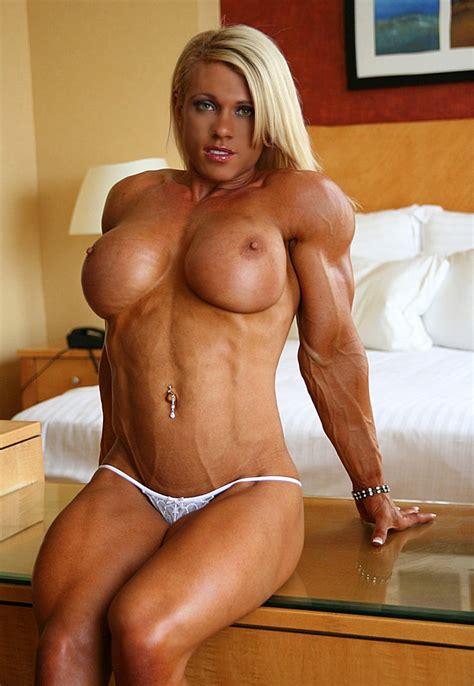 Naked giant woman porn videos jpg 750x1086